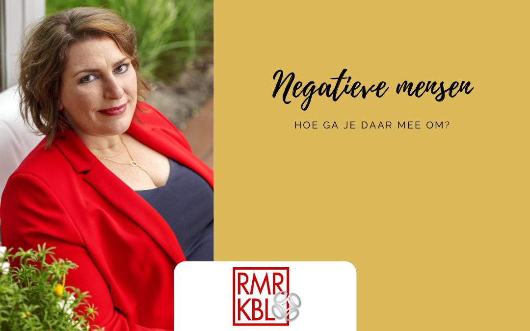 Hoe kan ik omgaan met negatieve mensen?